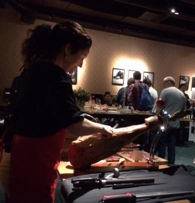 Cati Gomez Cortadora voor ham producent